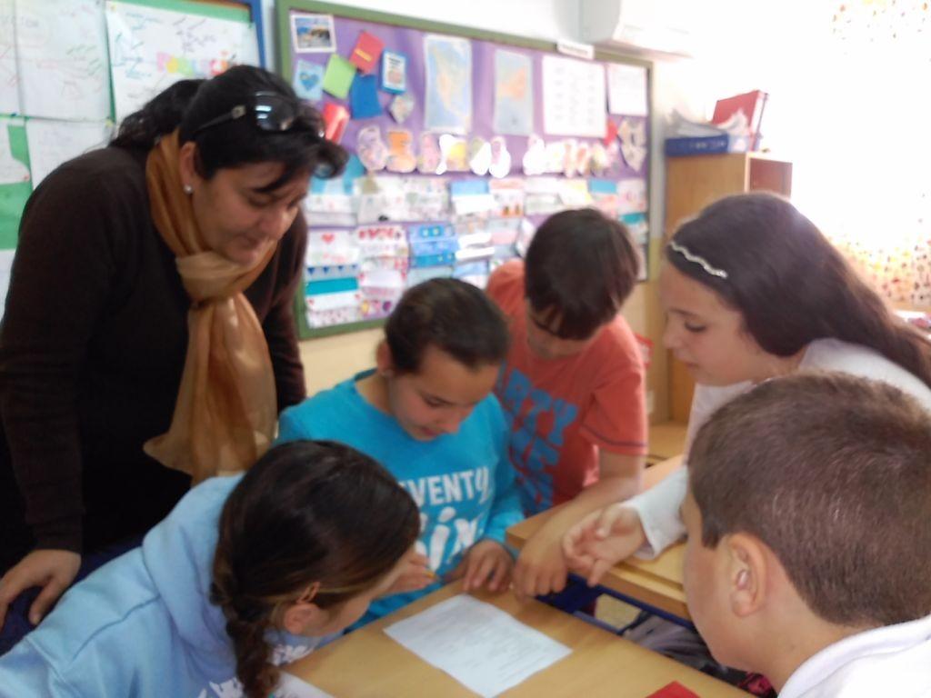 grupos interactivos 4º prehistoria mama alvaro